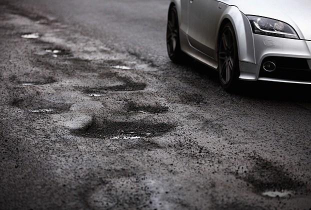 A recent University of Michigan survey verifies that Michigan roads need repair. Photo: Getty Images
